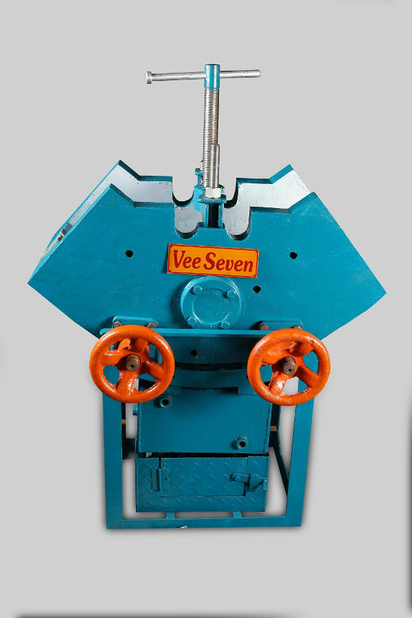 Vee Seven Steam Vulcanizing Machine